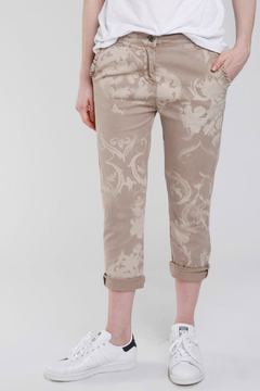 Baci Scroll Print Ruffle Pocket Pant - Product List Image