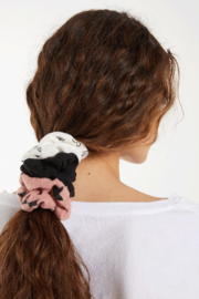 z supply Scrunchies - Product Mini Image