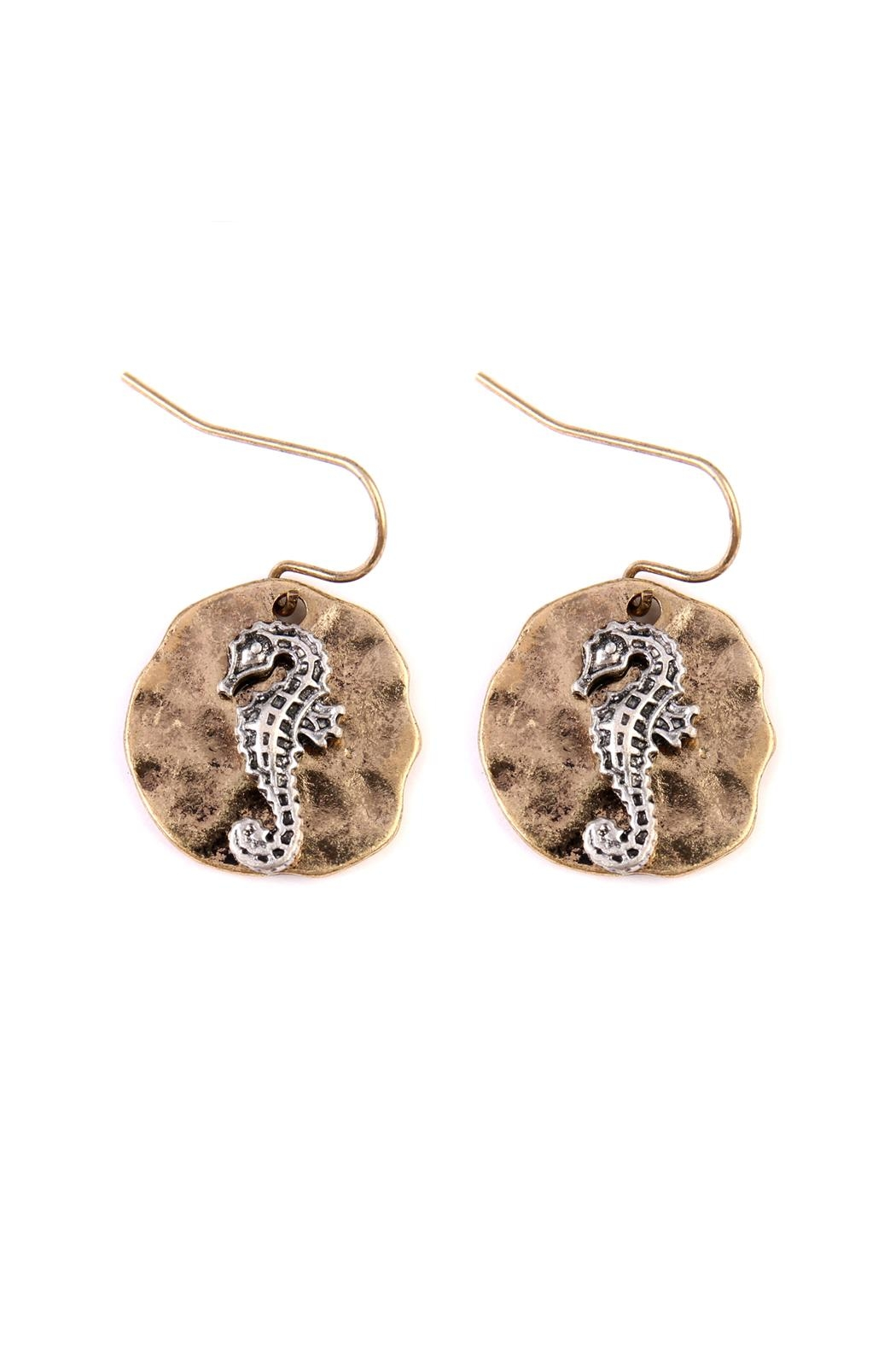 Riah Fashion Seahorse Plate Drop-Earrings - Front Cropped Image