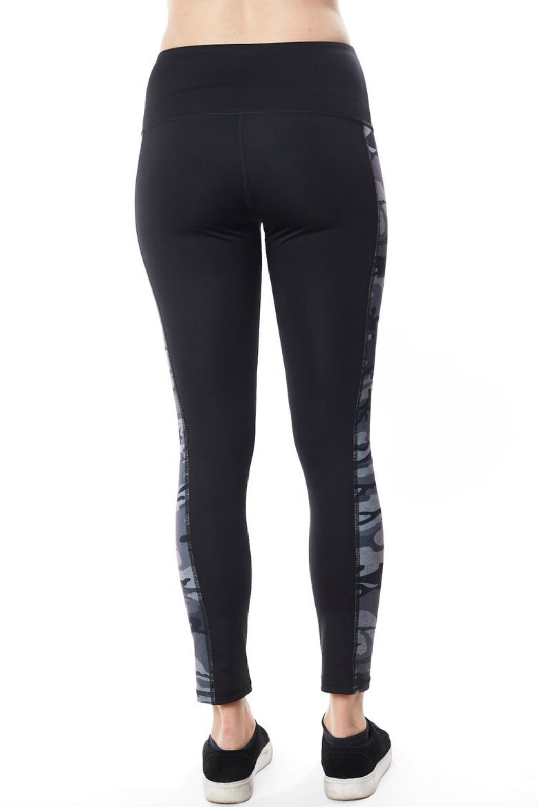Seams Lovely Camo Active Legging - Front Full Image