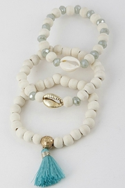 H & D Seashell Beaded Bracelet - Product Mini Image