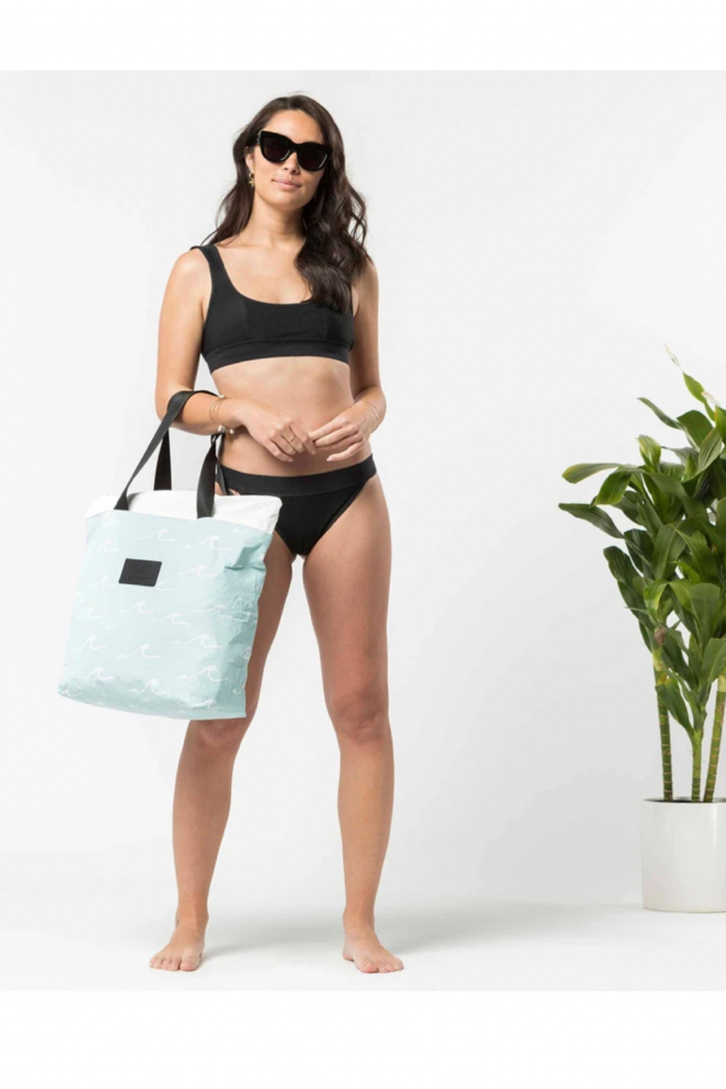 Aloha Collection Seaside Day Tripper in LeMU Blue - Side Cropped Image