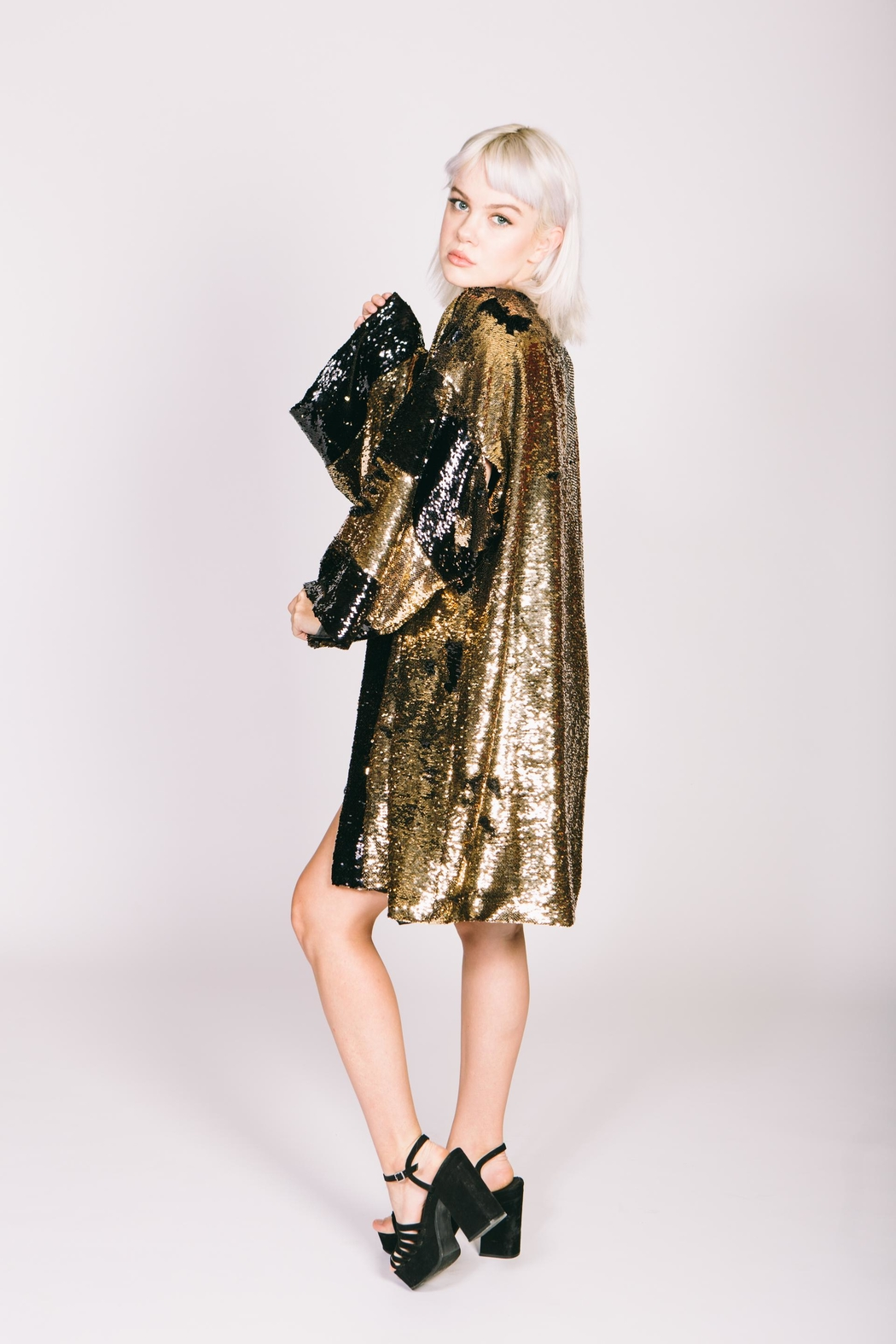 Any Old Iron Sequin Bronze Kimono - Side Cropped Image