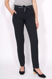 Sessun Levine Crepe Pants - Front cropped
