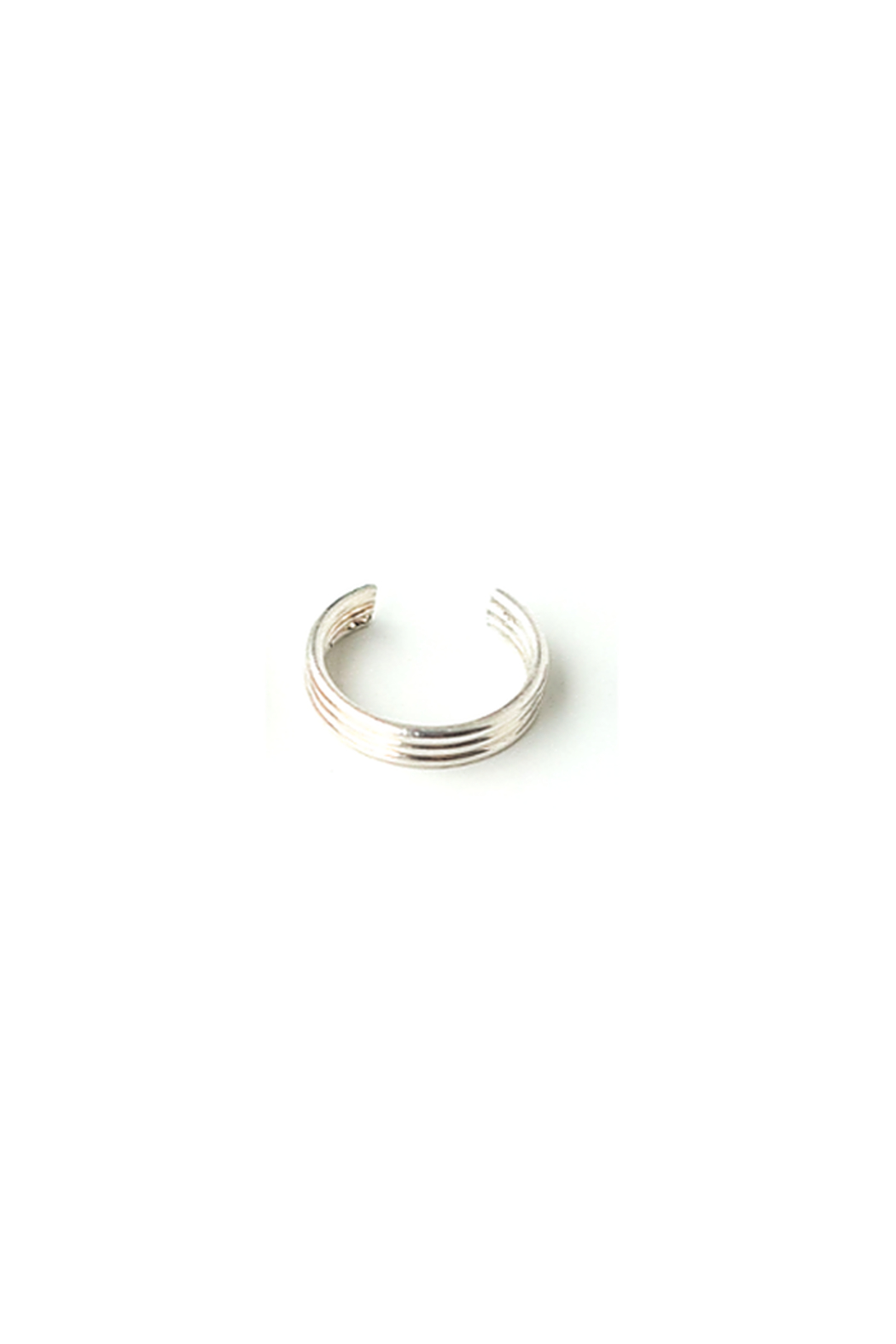Sarah Briggs Seul Ear Cuff - Front Cropped Image