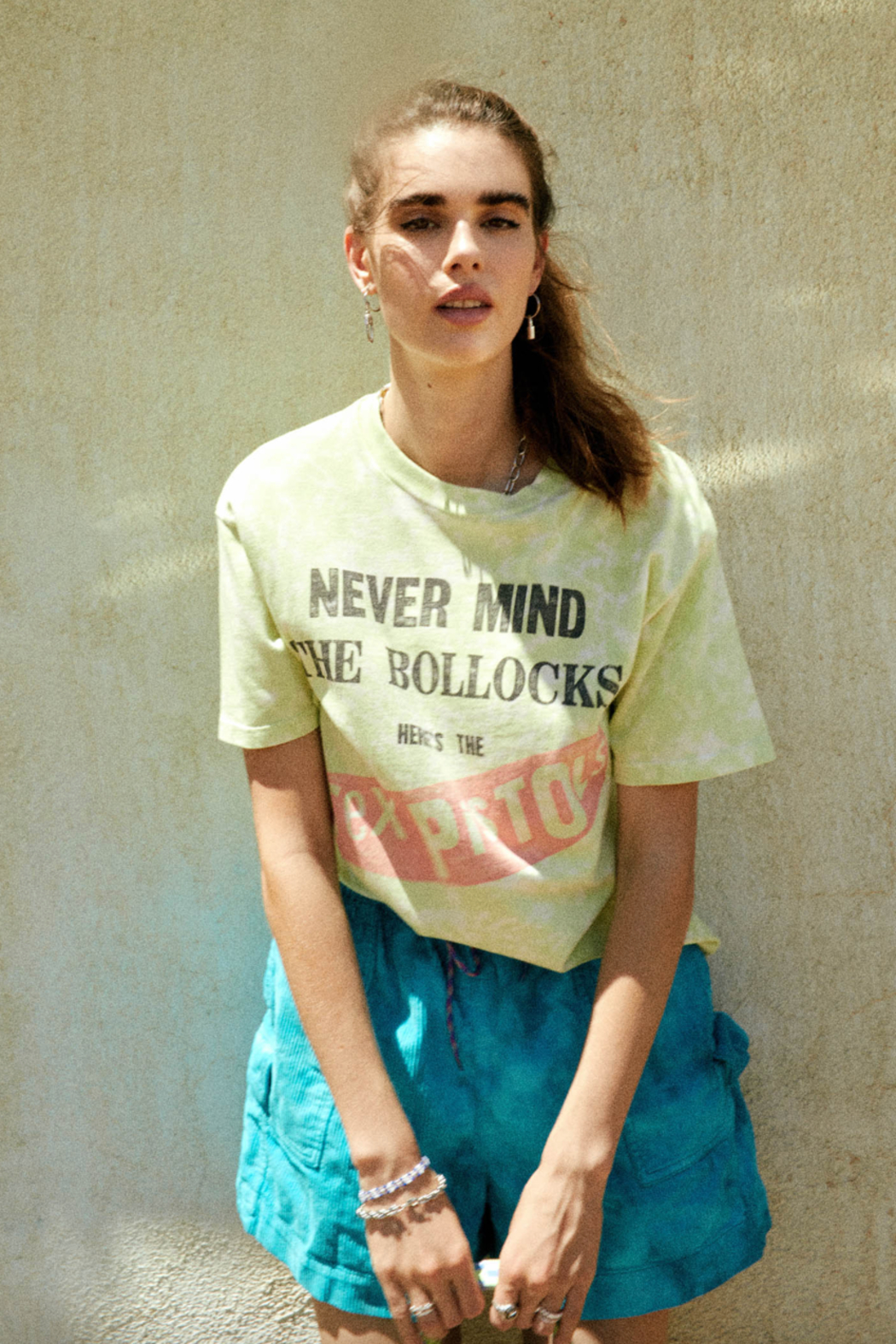 Daydreamer  SEX PISTOLS NEVERMIND THE BOLLOCKS WEEKEND TEE - Back Cropped Image