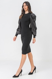 Flying Tomato Sexy Exaggerated Sleeve - Other