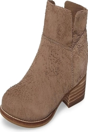 Seychelles Taupe Suede Shoes - Front cropped