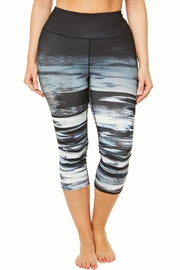 SHAPE Activewear Ombre Capri - Front cropped