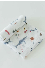 Little Unicorn Shark Cotton Swaddle - Front cropped