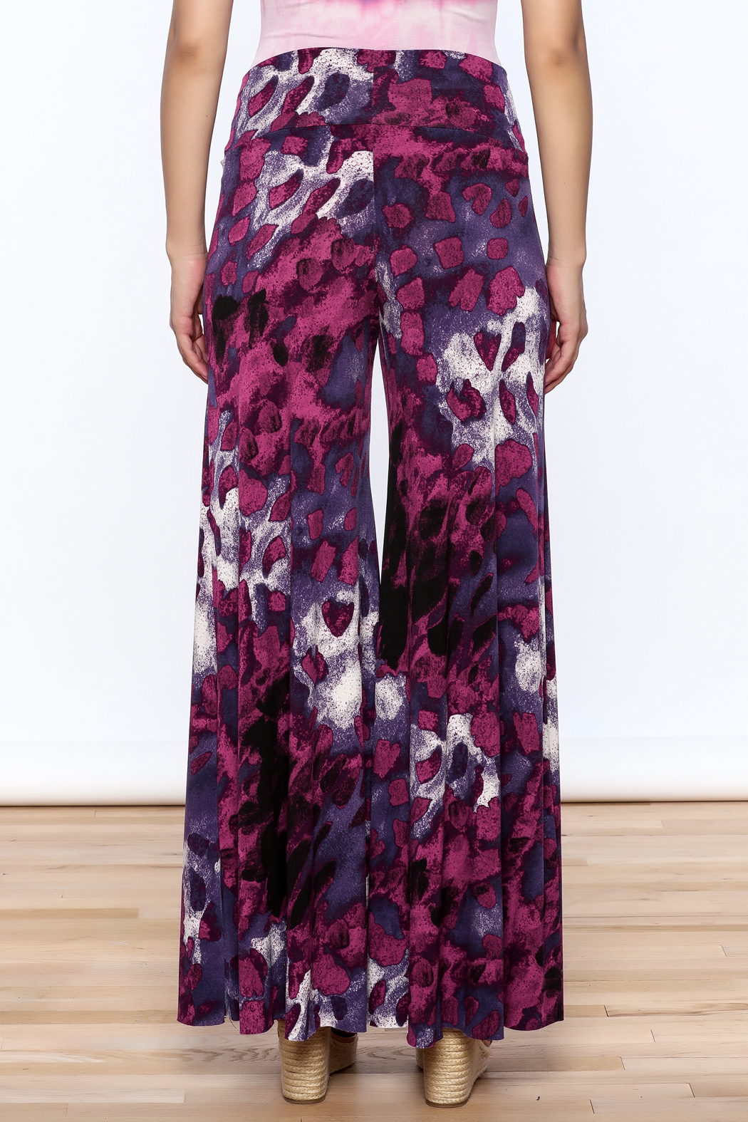 Sharon Max Purple Wide Leg Pants - Back Cropped Image