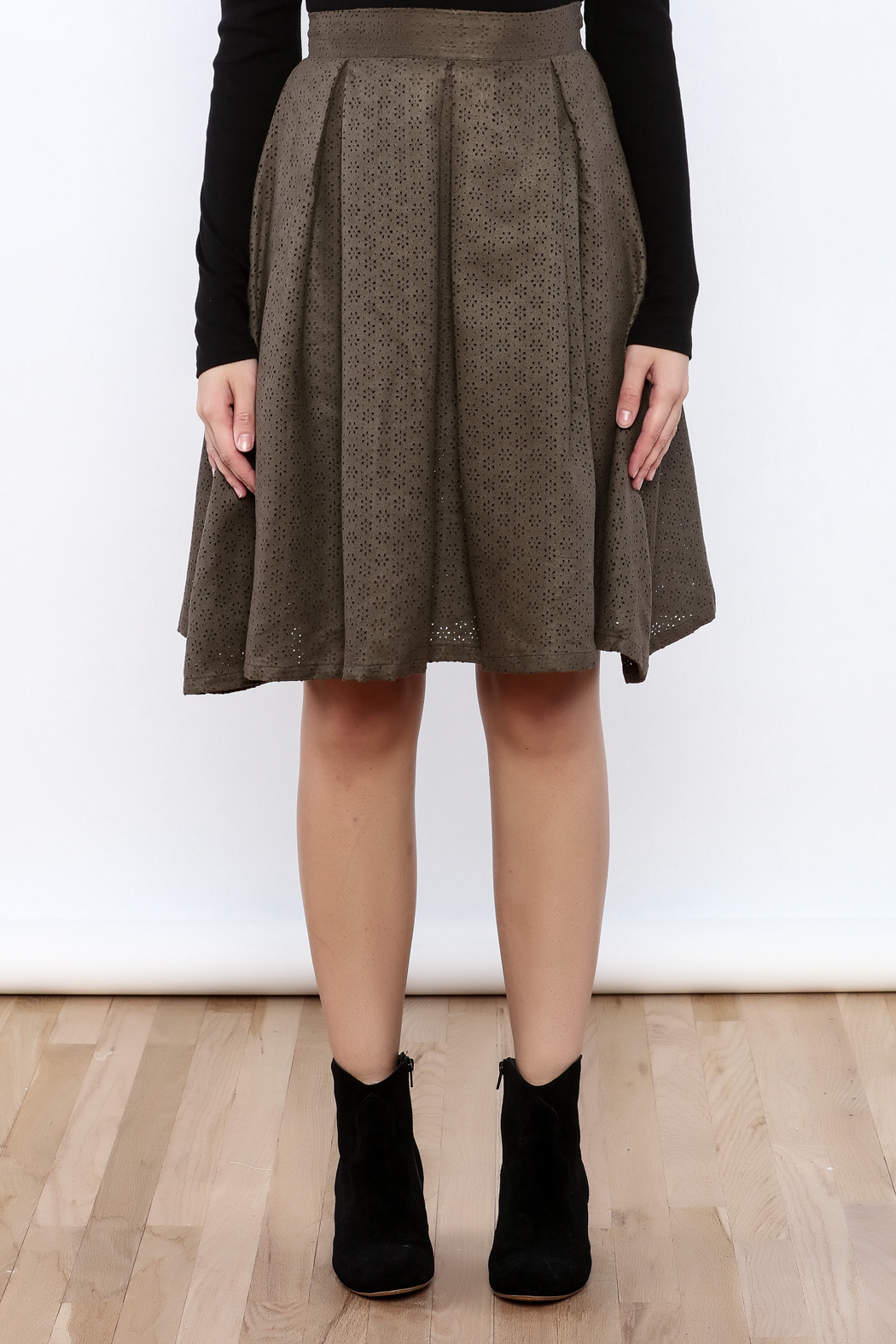 She + Sky The Olive Skirt - Side Cropped Image