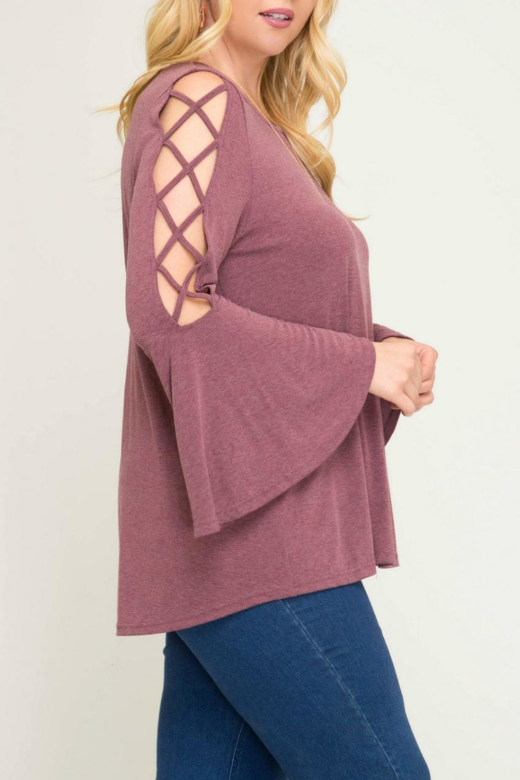 She + Sky Bell-Sleeve Swing Top - Side Cropped Image