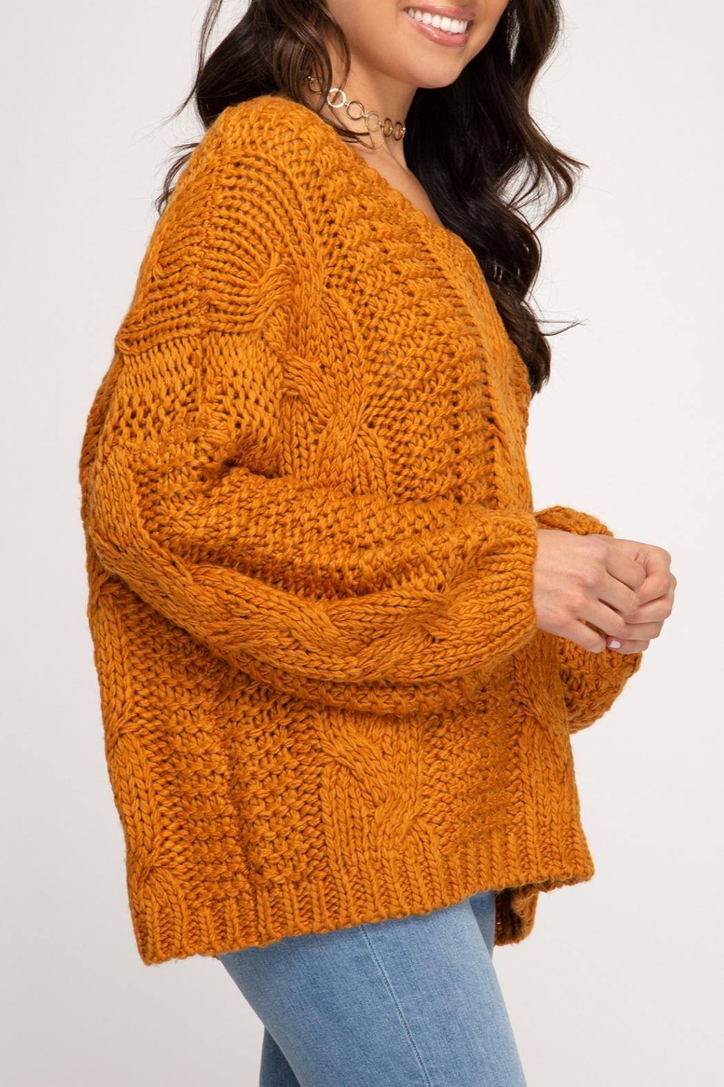 She + Sky Cable Knit Sweater - Back Cropped Image