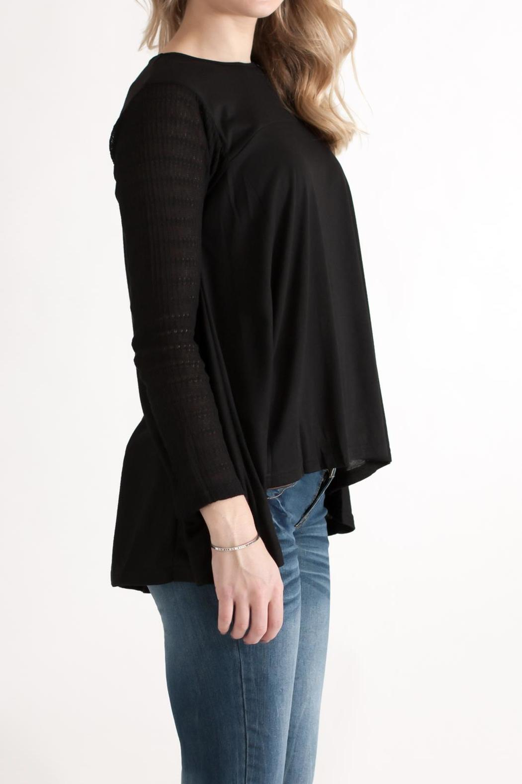 She + Sky Contrast Sleeve Top - Side Cropped Image