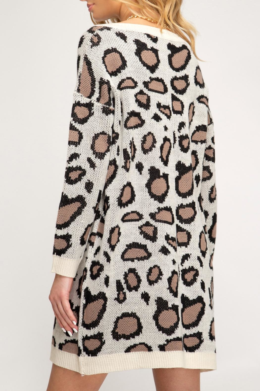 She + Sky Leopard Print Sweater - Side Cropped Image
