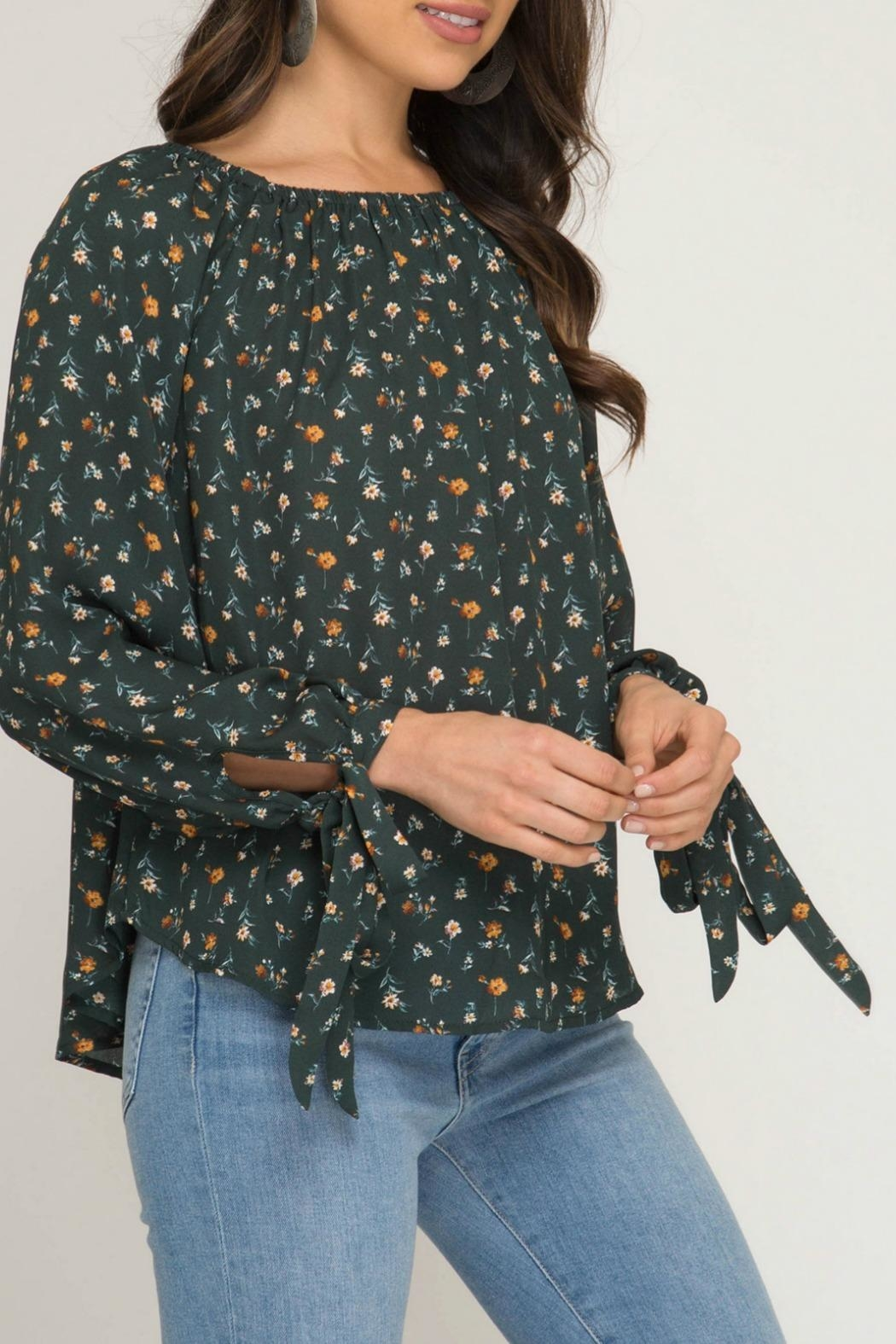 She + Sky Melody Floral Top - Side Cropped Image