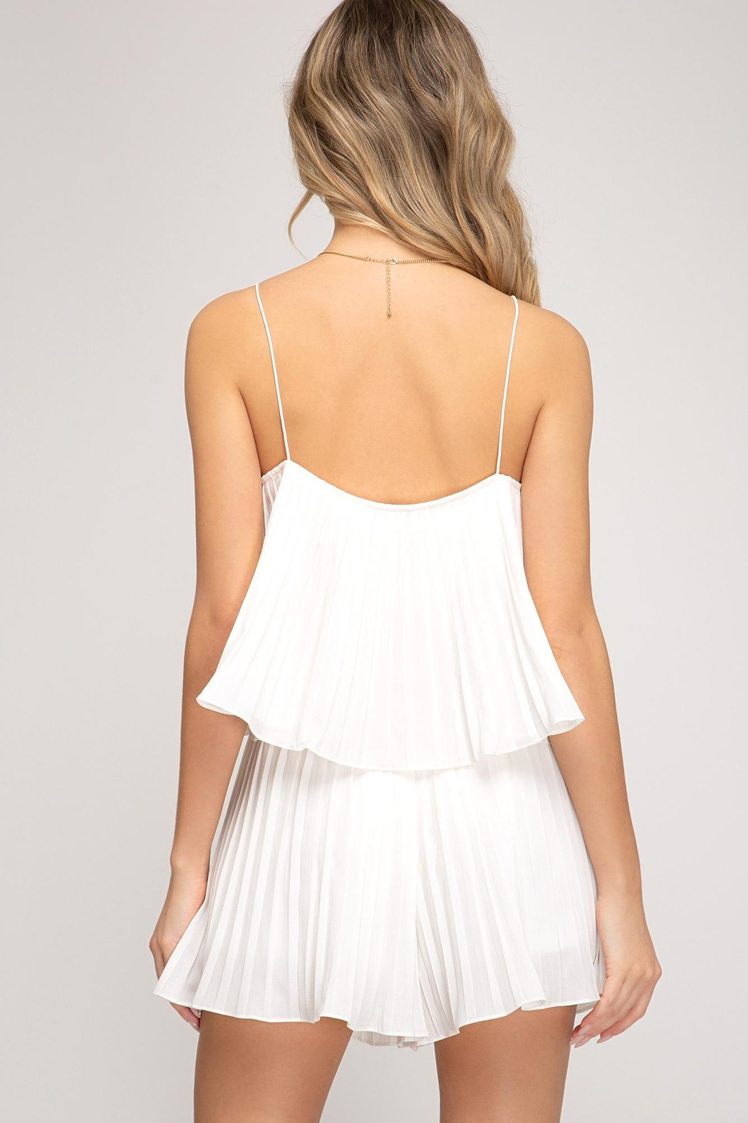 She + Sky Pleated Romper - Side Cropped Image