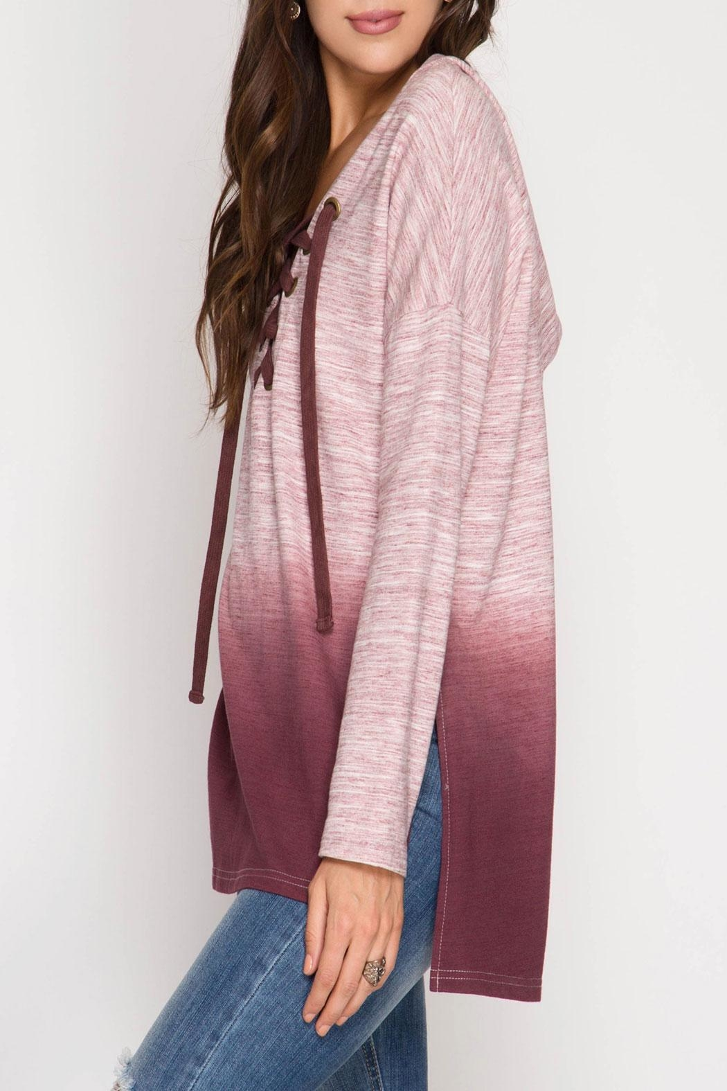 She + Sky Rylie Hoodie Burgundy - Side Cropped Image
