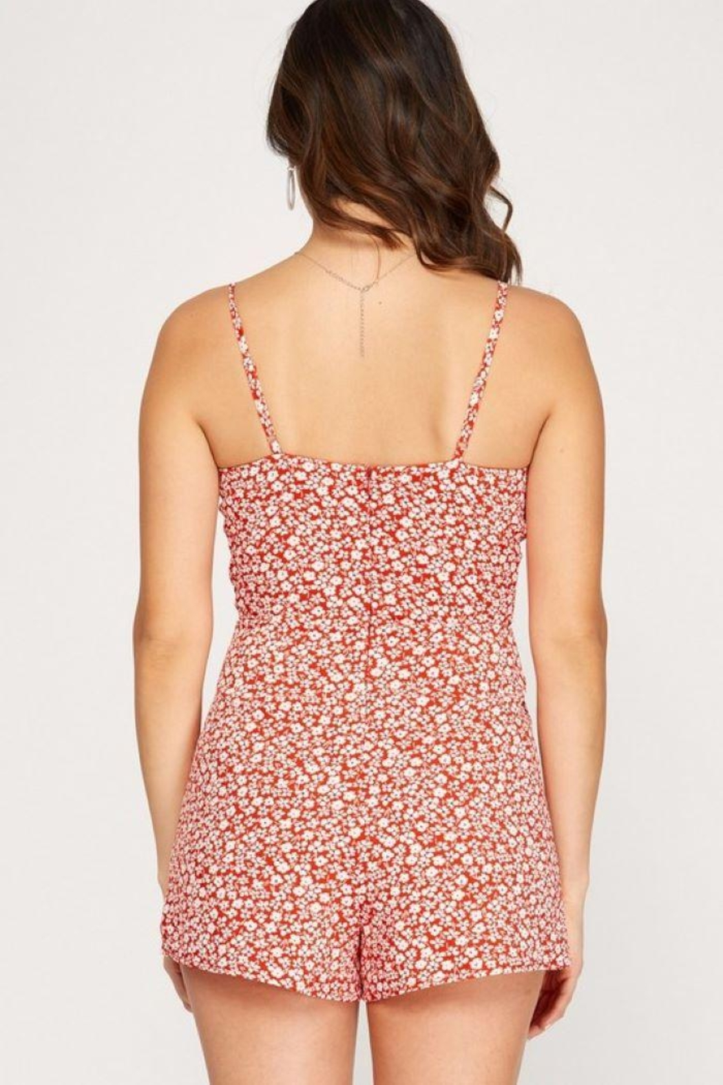 She + Sky Sleeveless Floral Print Romper - Back Cropped Image