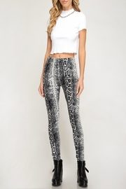 She + Sky Snake-Print High-Waisted Leggings - Front cropped