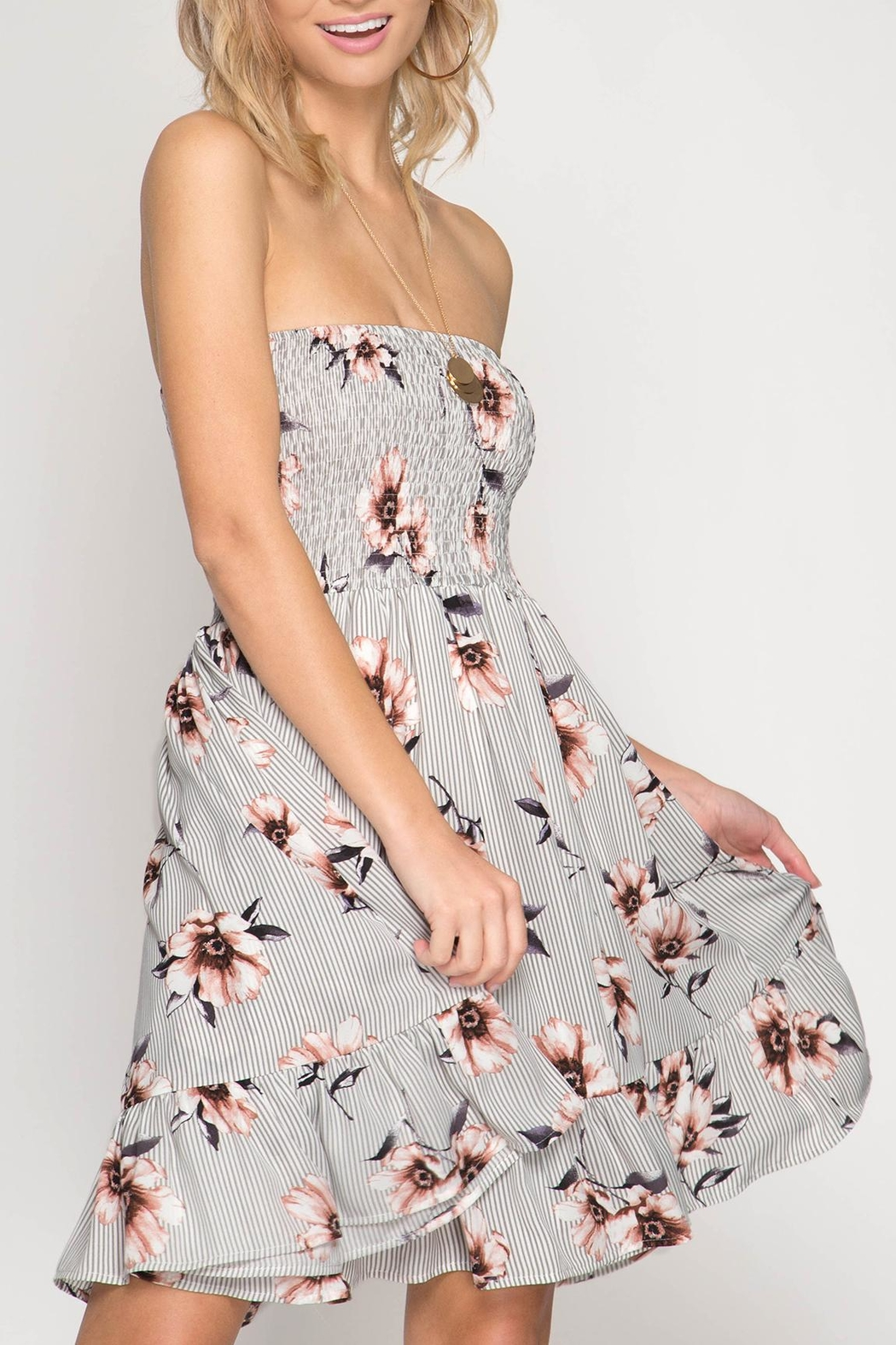 She + Sky Strapless Floral Dress - Side Cropped Image