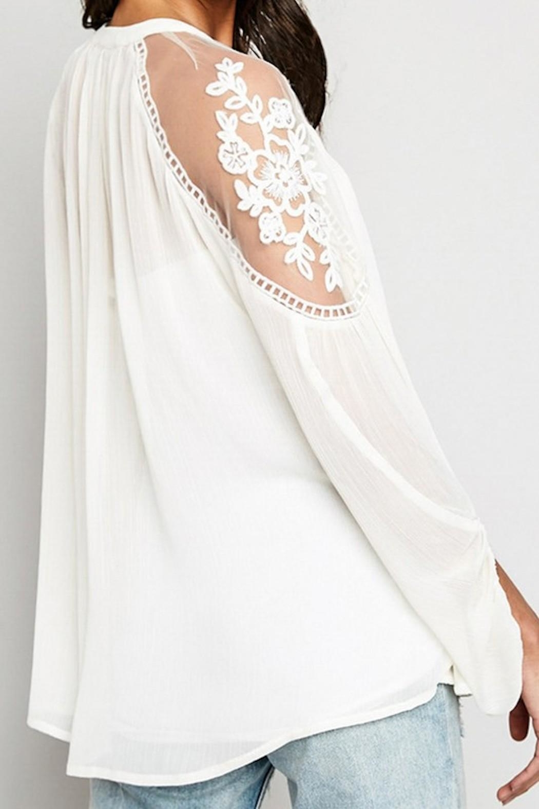 Hayden Los Angeles Sheer-And-Lace Peasant Blouse - Side Cropped Image
