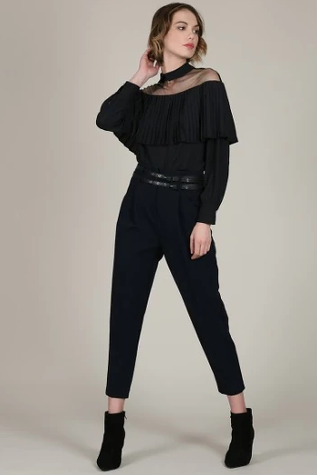 Molly Bracken Sheer shoulder top - Side Cropped Image