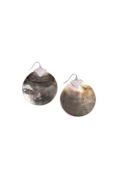 Riah Fashion Shell Round Earrings - Product List Image
