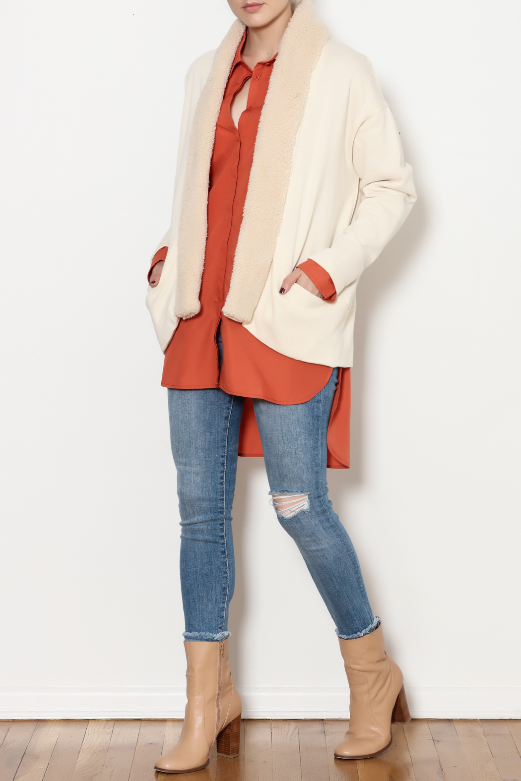 z supply Sherpa Cocoon Cardigan - Side Cropped Image
