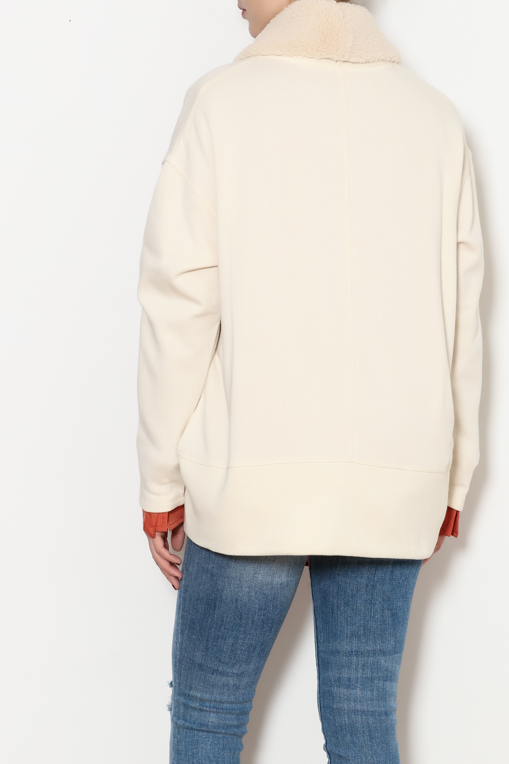 z supply Sherpa Cocoon Cardigan - Back Cropped Image
