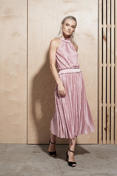 SHILLA THE LABEL Illume Pleat Long - Alternate List Image