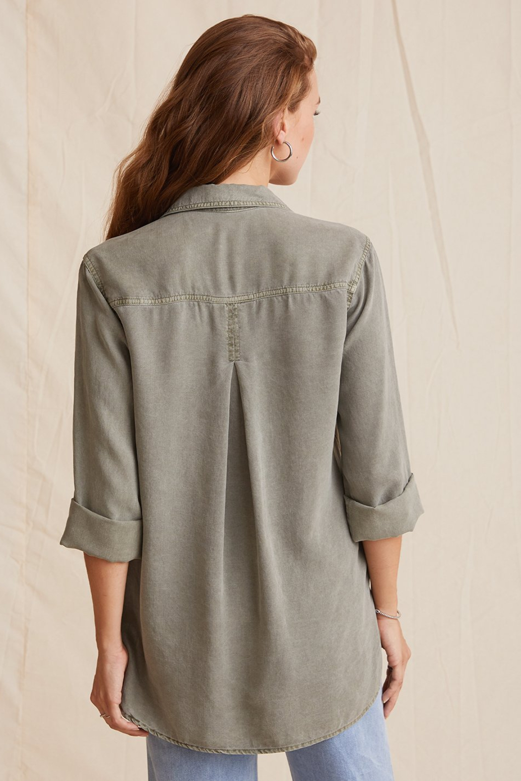 Bella Dahl  Shirt Tail Button Down - Back Cropped Image