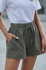Shiying Fashion Carson Short Olive - Product Mini Image