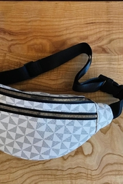 ShopGoldies Geo Fanny Pack - Product Mini Image