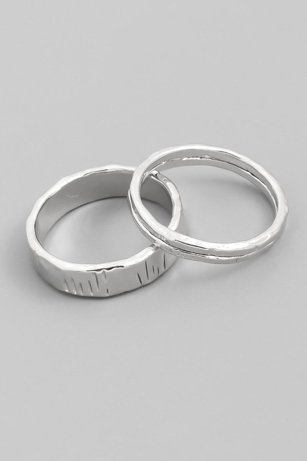 ShopGoldies Hammered Silver Ring-Set - Main Image
