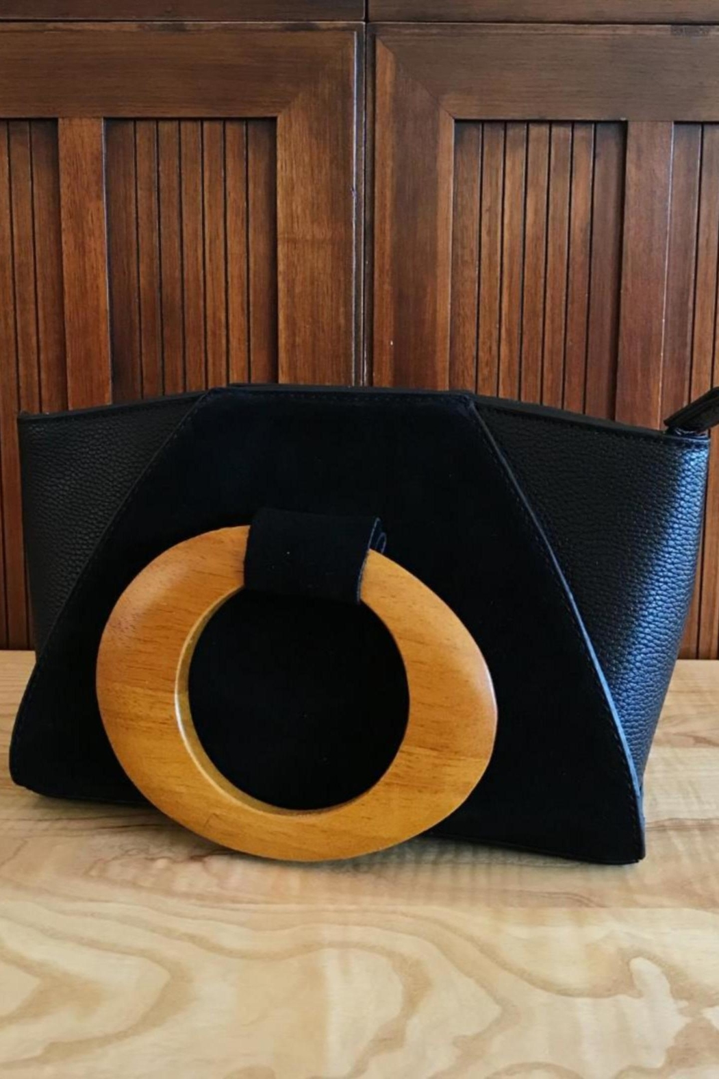 ShopGoldies Wooden Handle Purse - Front Cropped Image