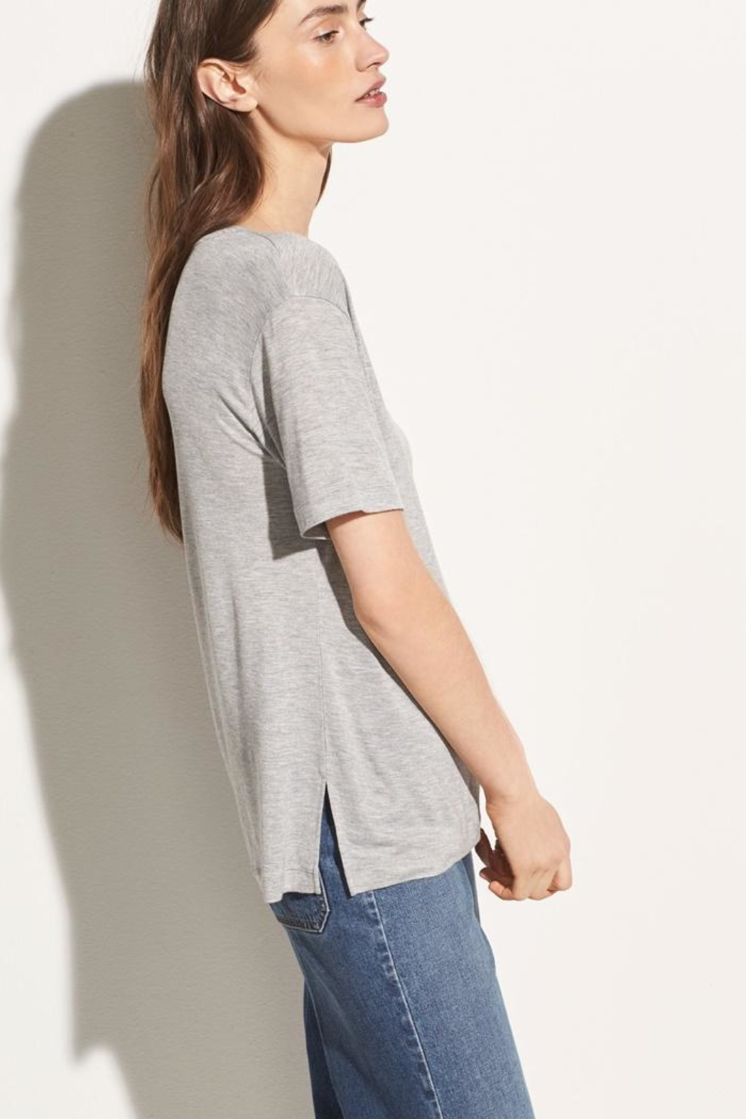 Vince Short Sleeve Tee - Side Cropped Image