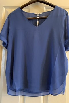 Sioni Short sleeve top with v neck - Product List Image