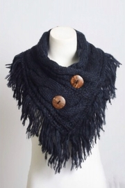 Leto shoulder scarf with buttons - Front full body