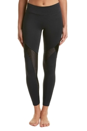 9two5 Fit Show Off Legging - Product Mini Image