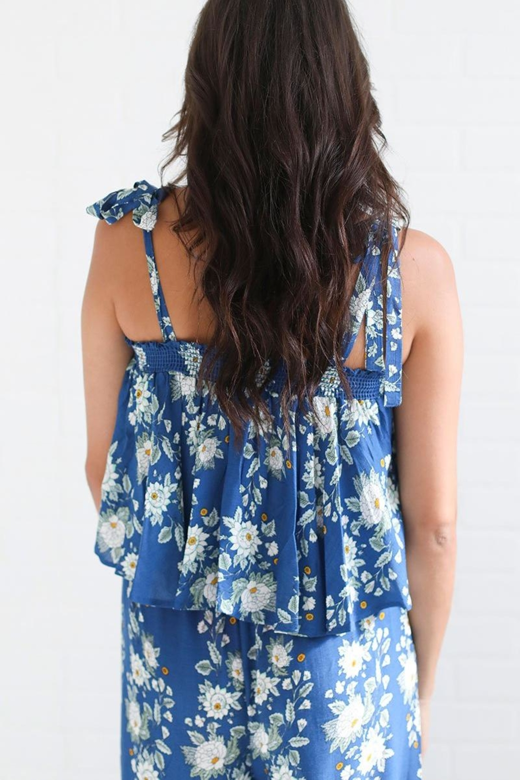Show Me Your Mumu Blue Floral Top - Side Cropped Image