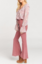 Show Me Your Mumu Kellie Pick Flare Pants - Side cropped