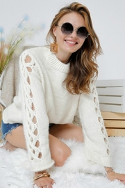 Adora SIDE OUT SWEATER - Front full body