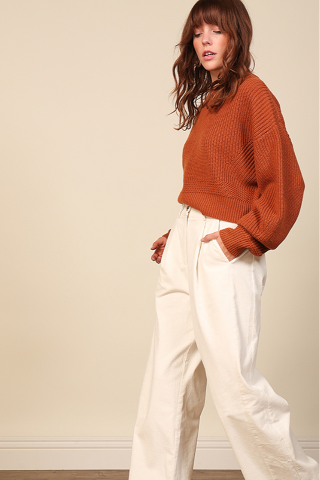 Line & Dot Sienna Sweater - Side Cropped Image