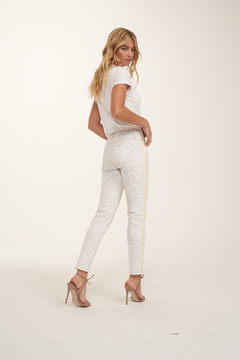 Blue Revival Sienna Tiger w Side Stripe Jean - Alternate List Image