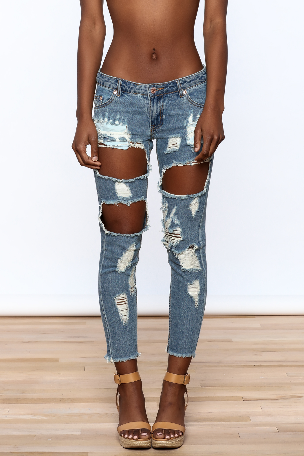 Signature 8 Distressed Skinny Jeans - Side Cropped Image