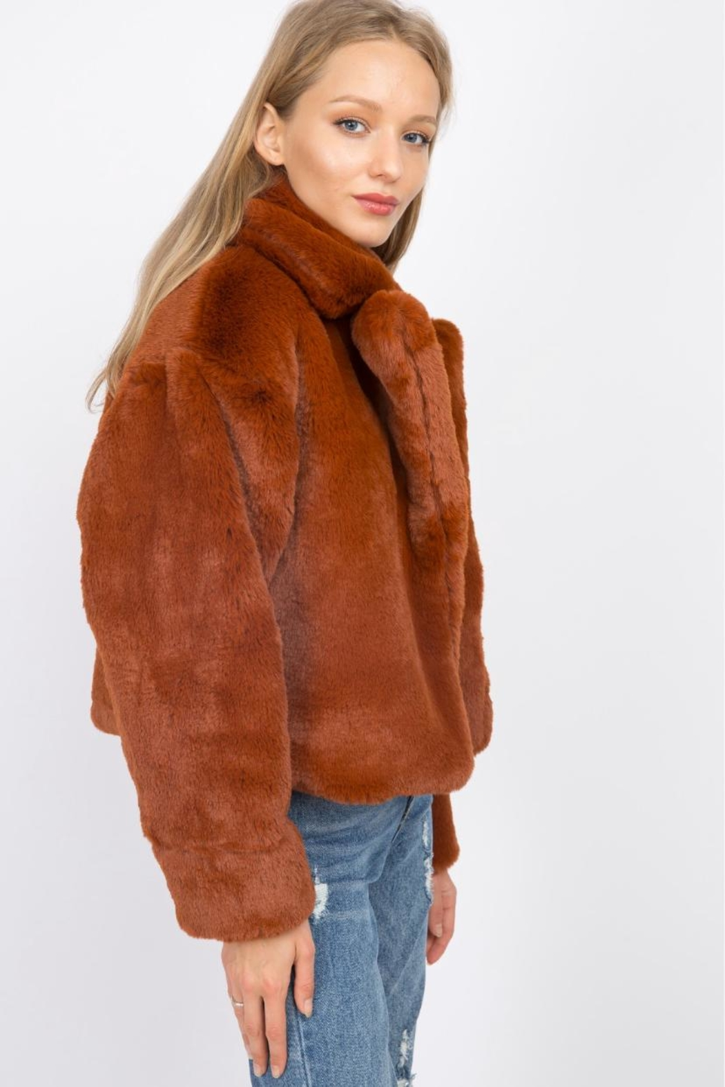 Signature 8 Faux Fur Jacket - Side Cropped Image