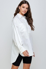 Signature 8 Oversized Button Up Shirt - Side cropped