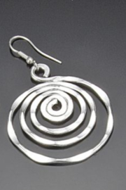 Anju Handcrafted Artisan Jewelry SIL PLATED ER CIRCLE - Front cropped